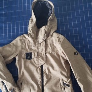686 Reserved Insulated Hooded Snowboard Jacket XS